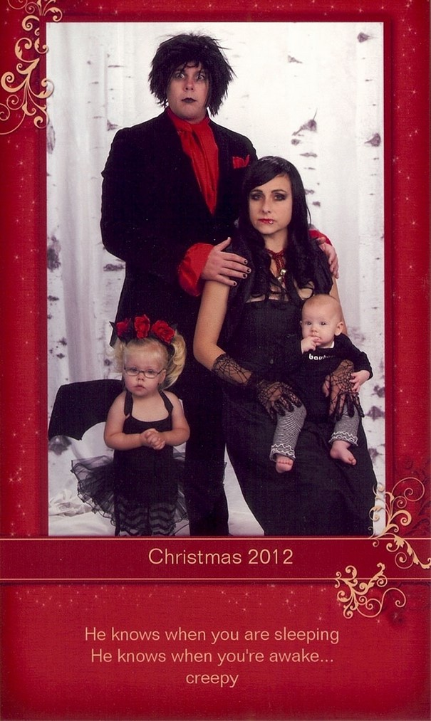 This Family Has Been Sending Out The Most Cringeworthy Christmas - 18 most cringeworthy album covers ever