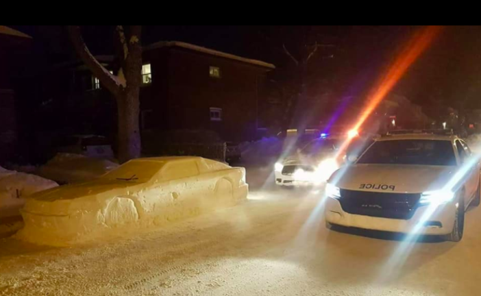 Policeman Tries To Give Car Made Of Snow A Parking Ticket Screen Shot 2018 01 19 at 12.40.54 702x432